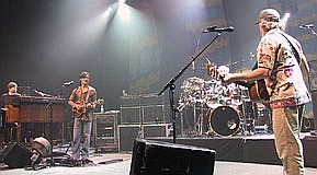 10/04/2003 Tower Theatre Philadelphia, PA