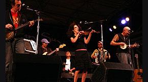 09/01/2006 Main Stage Rhythm & Roots Festival, NY